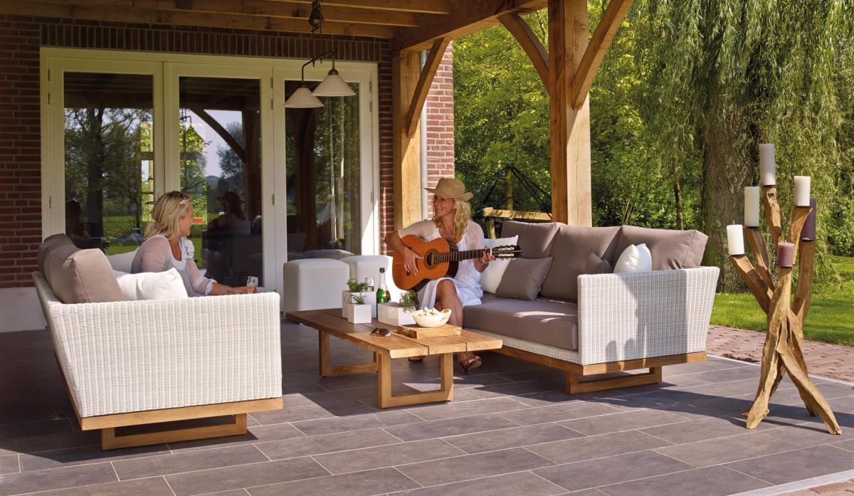 Muebles de exterior: ¿cómo crear una zona de relax en el jardín?