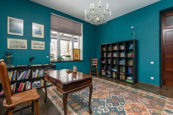 Mezcla de muebles vintage en estilos modernos