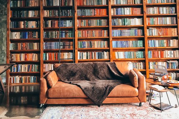 Características de las librerías a medida
