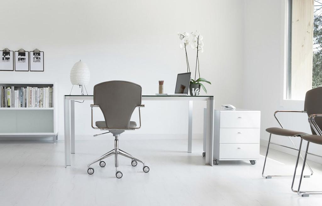 Escritorios y sillas para tu Home Office