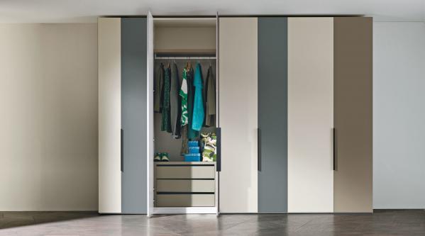 Por qué escoger armarios de puertas batientes