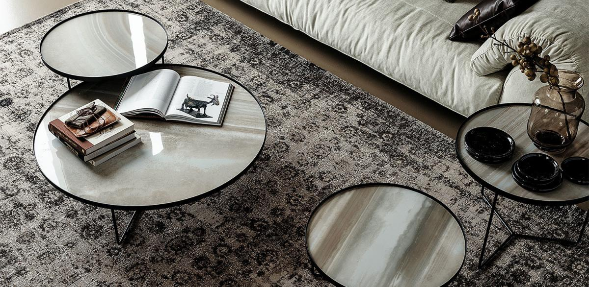 Elige mesas de rincón para tu salón